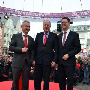 Klartext-Kundgebung auf dem Frankfurter Römerberg. Peter Feldmann, Thorsten Schäfer-Gümbel, Peer Steinbrück