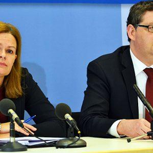Nancy Faeser und Thorsten Schäfer-Gümbel bei der Pressekonferenz zum Arbeitsprogramm