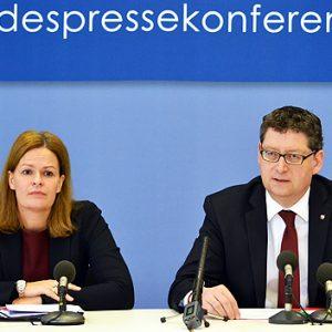 Nancy Faeser, Thorsten Schäfer-Gümbel, Pressekonferenz zum Arbeitsprogramm